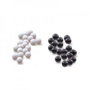 sorte hvide kugler